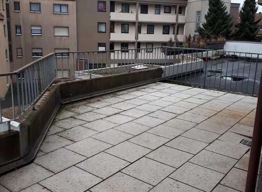 2,5-Zimmer-Terrassenwohnung mit Balkon in Bochum
