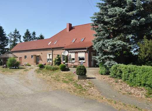 Idyllischer Resthof in Alleinlage mit Ackerland