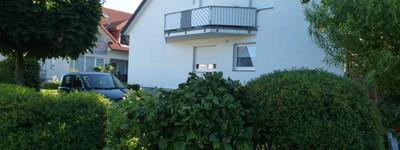 Schöne helle renovierte Wohnung über 2 Etagen in guter Wohnlage in Oberbecksen von Privat