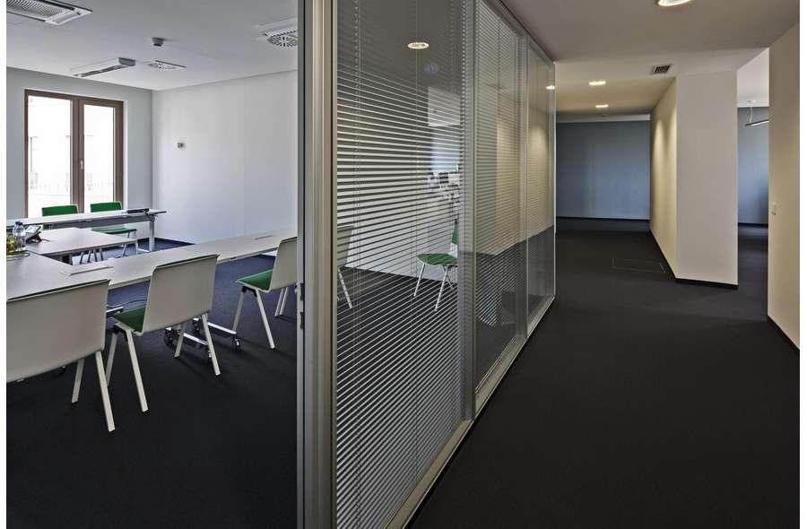 Büro und Flur (Beispiel)