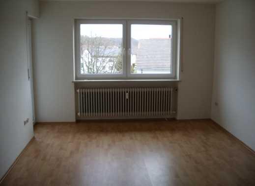 Schöne, geräumige Zwei-Zimmer- Wohnung in Burgkirchen an der Alz