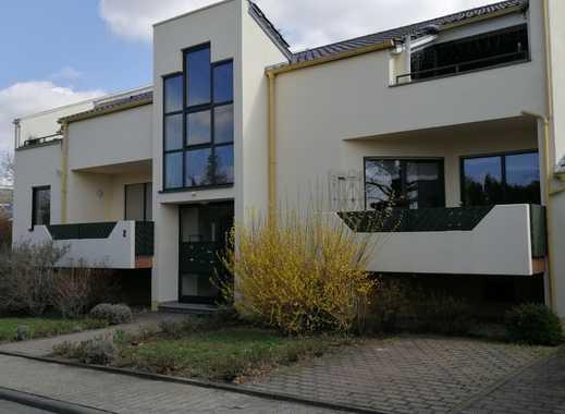 Neuwertige 2,5-Zimmer-Wohnung mit Balkon und Einbauküche in Nieder-Olm