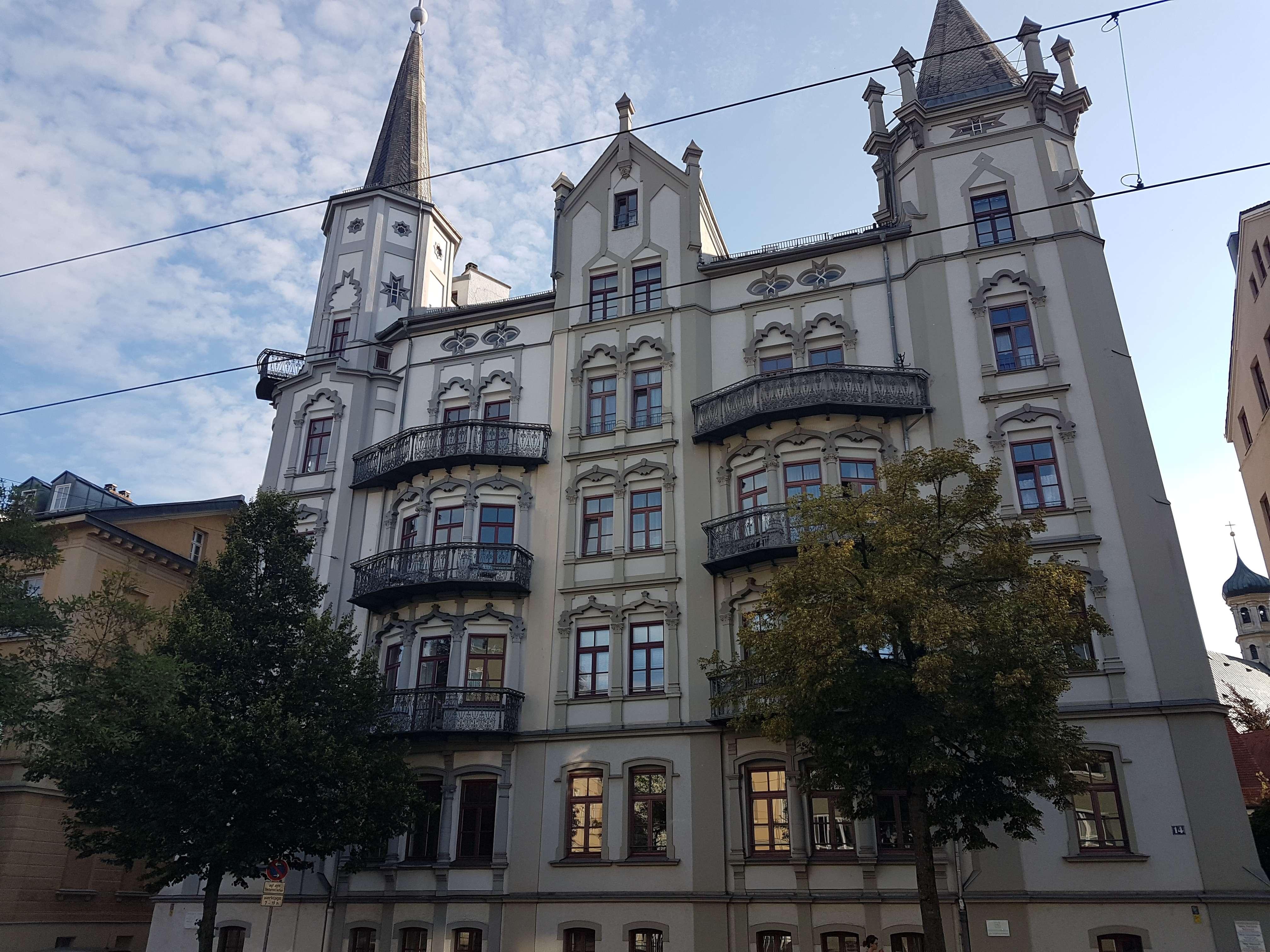 Exklusive, gepflegte 4-Zimmer-Hochparterre-Wohnung mit EBK in Augsburg in Augsburg-Innenstadt