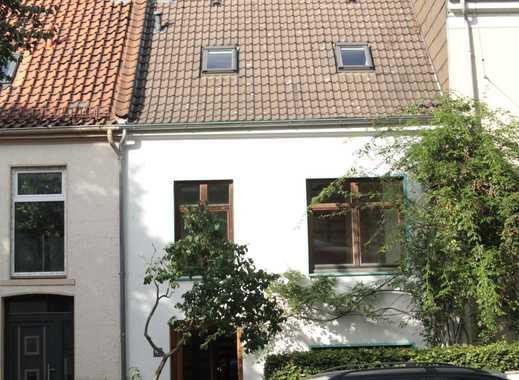 Künstlerhaus mit Nebengebäude sucht neuen Eigentümer