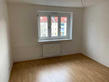 modernisierte 2-Zimmer-Wohnung mit Tageslichtbad in Nordwest