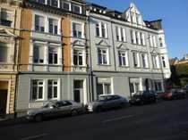 Gemütliche und 2-Zimmer Erdgeschoss-Altbauwohnung Grundsaniert