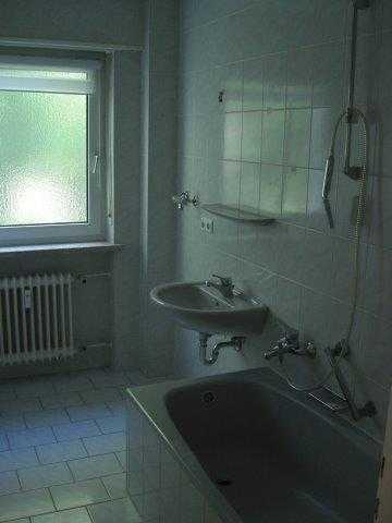 Schöne helle 4 Zimmer Wohnung im Grünen in Bobingen