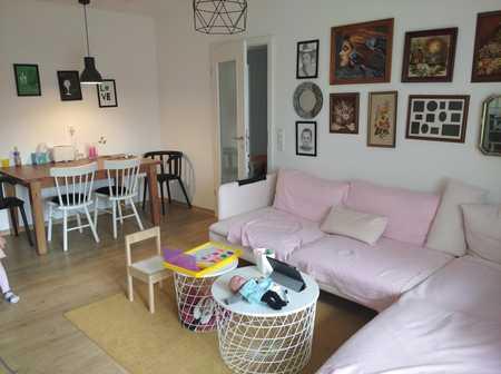 Wunderschöne helle 3-Zimmer Wohnung mit zwei Balkonen in TOP-Lage in Kumpfmühl-Ziegetsdorf-Neuprüll (Regensburg)