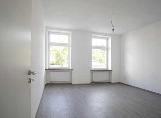 Erstbezug nach Sanierung – Zimmer in 4 Zimmer-Wohnung mit großer Wohnküche & 2 Badezimmern