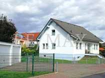 RE MAX Komfortables Einfamilienhaus in