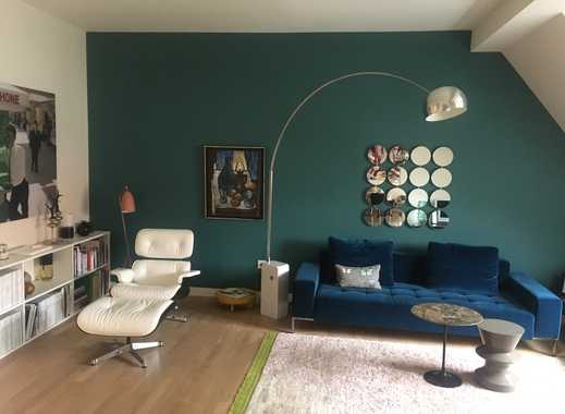 Luxuriös sanierte Altbauwohnung mit Balkon und Einbauküche in Lindenthal, Köln