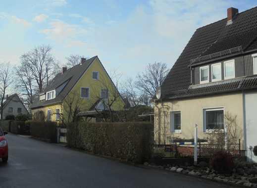 Langfristig Vermietete Doppelhaushälfte mit Garten in ruhiger Wohnstraße!
