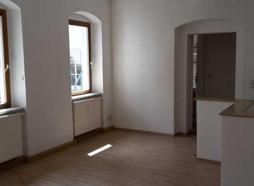 Gepflegte 2-Zimmer-Maisonette-Wohnung mit Hofanteil in Apolda