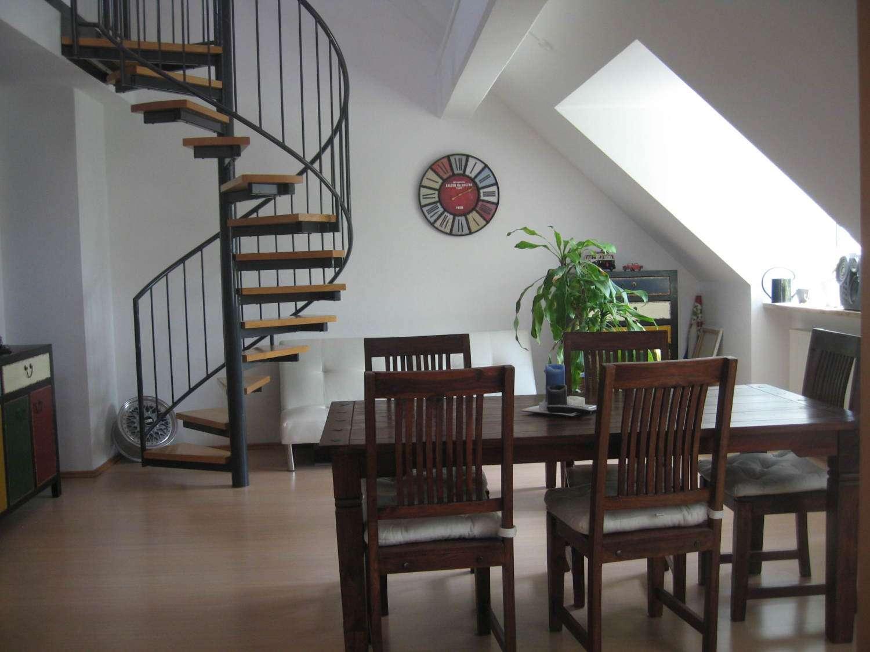 Schöne, geräumige 2,5  Zimmer Galleriewohnung in Neuburg an der Donau in