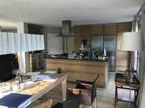 Luxuriöse Doppelhaushälfte mit Einfamilienhaus Charakter
