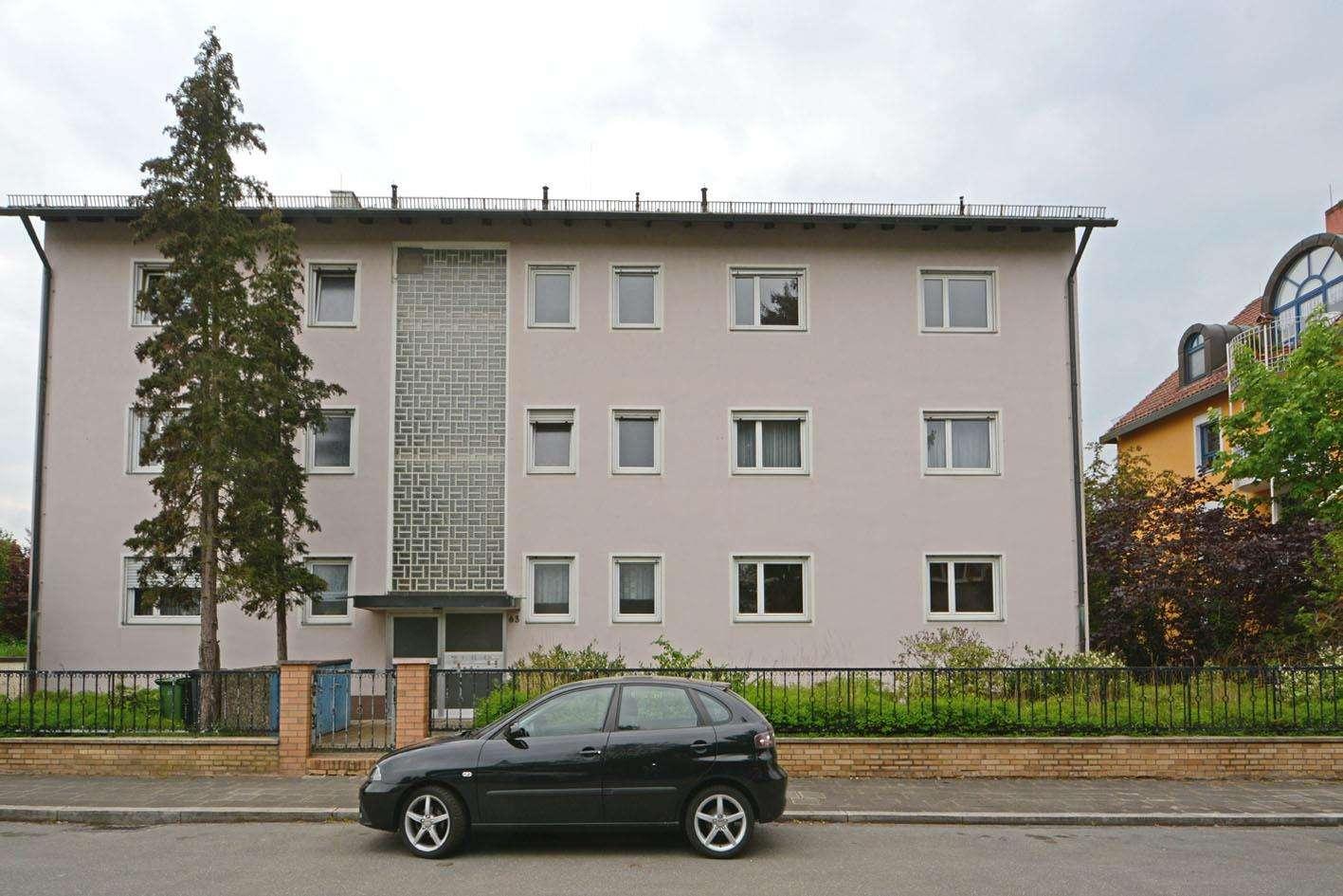 Lichtdurchflutete Wohnung in gepflegten Mehrfamilienhaus! in