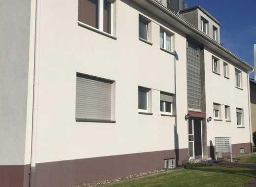 Schönes 1 Personen-Appartement mit Singleküche in Köln Godorf, Dachgeschoss.