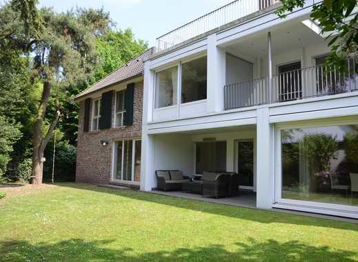 Teilweise Rheinblick - Exklusive Villa in bevorzugter Lage von Wittlaer !