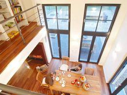 h a b e n s i e m u t modernes haus mit eichenparkett holzfenstern s dwest. Black Bedroom Furniture Sets. Home Design Ideas