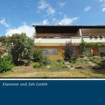 Attraktive Doppelhaushälfte mit Einliegerwohnung