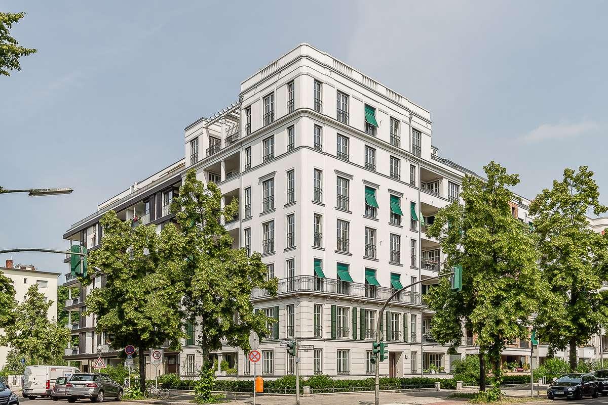 Ecke Düsseldorfer Straße 27, 2