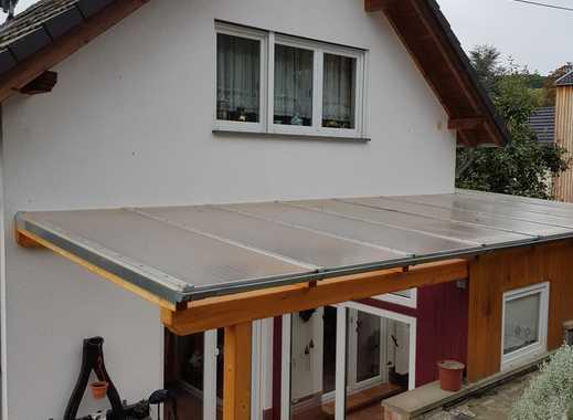 Einfamilienhaus mit Wintergarten, Garten und Garage in Dedenbach!