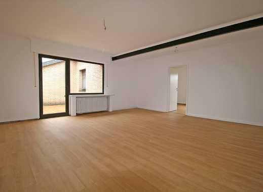 Erstbezug nach Renovierung! 2-Zimmer-Wohnung mit Balkon in Rheinnähe von Bonn-Graurheindorf