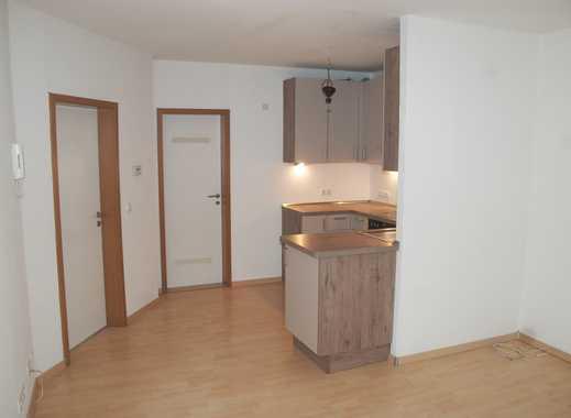 Sanierte Wohnung: freundliche 2,5-Zimmer-Wohnung mit EBK in Worms