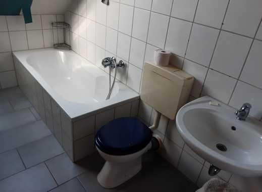 Schöne drei Zimmer Dachgeschoß Wohnung in Odenwaldkreis, Beerfelden