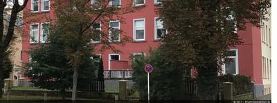 Frisch renovierte großzügige Dachgeschoß-Wohnung