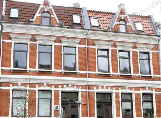 Altbremerhaus mit mehr als 500 m² Wohnfläche im Barkhof mit Planungskonzept