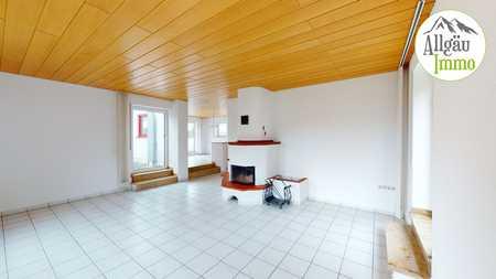 Großzügige Wohnung mit interessantem Hauscharakter in Krumbach (Schwaben)