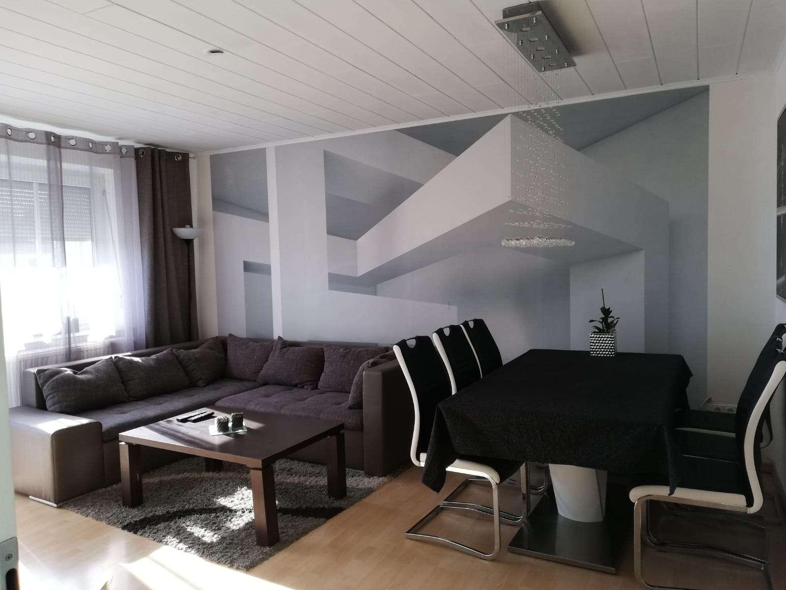 Gepflegte 4-Zimmer-Wohnung mit Balkon und Einbauküche in Rain am Lech in Rain (Donau-Ries)