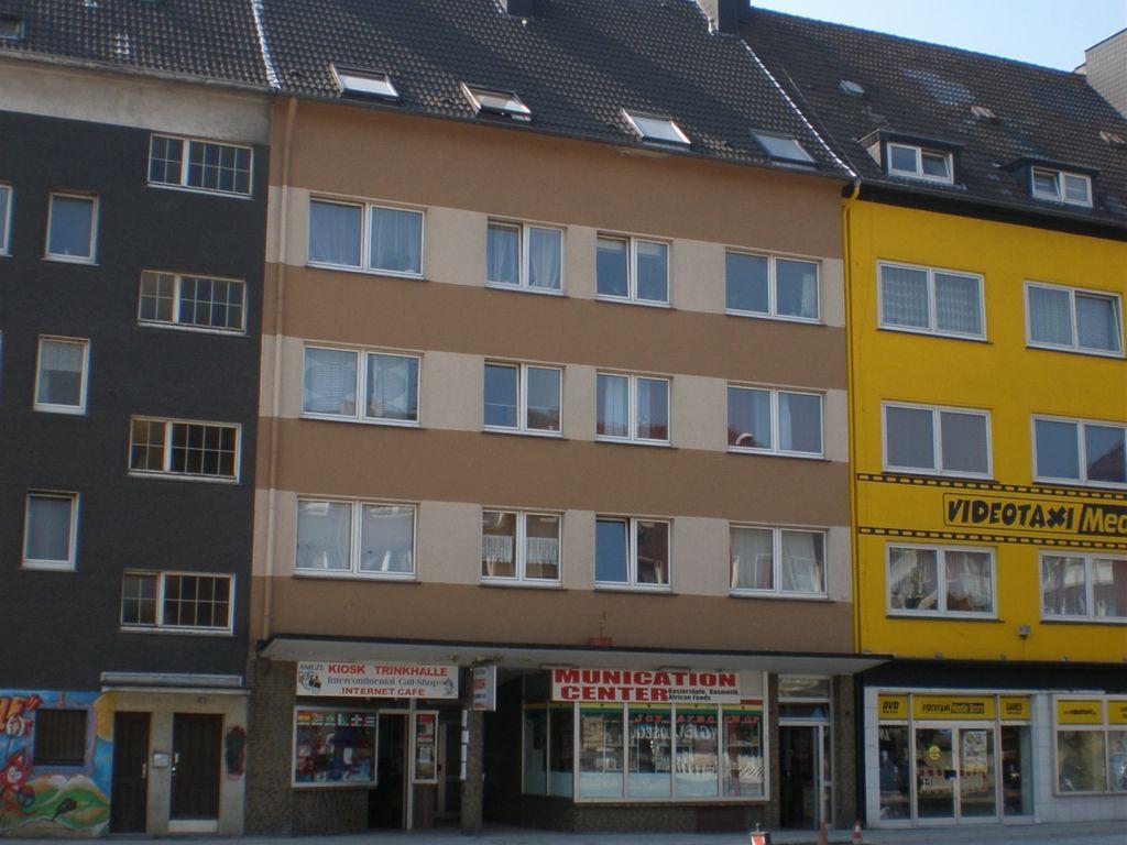 Rheinische Str 30