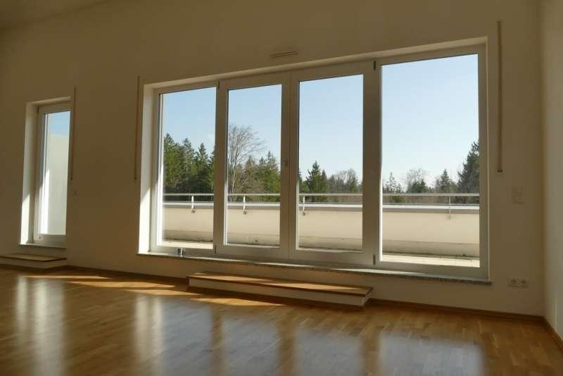 Dachterrassenwohnung mit gehobener Ausstattung in Geretsried in
