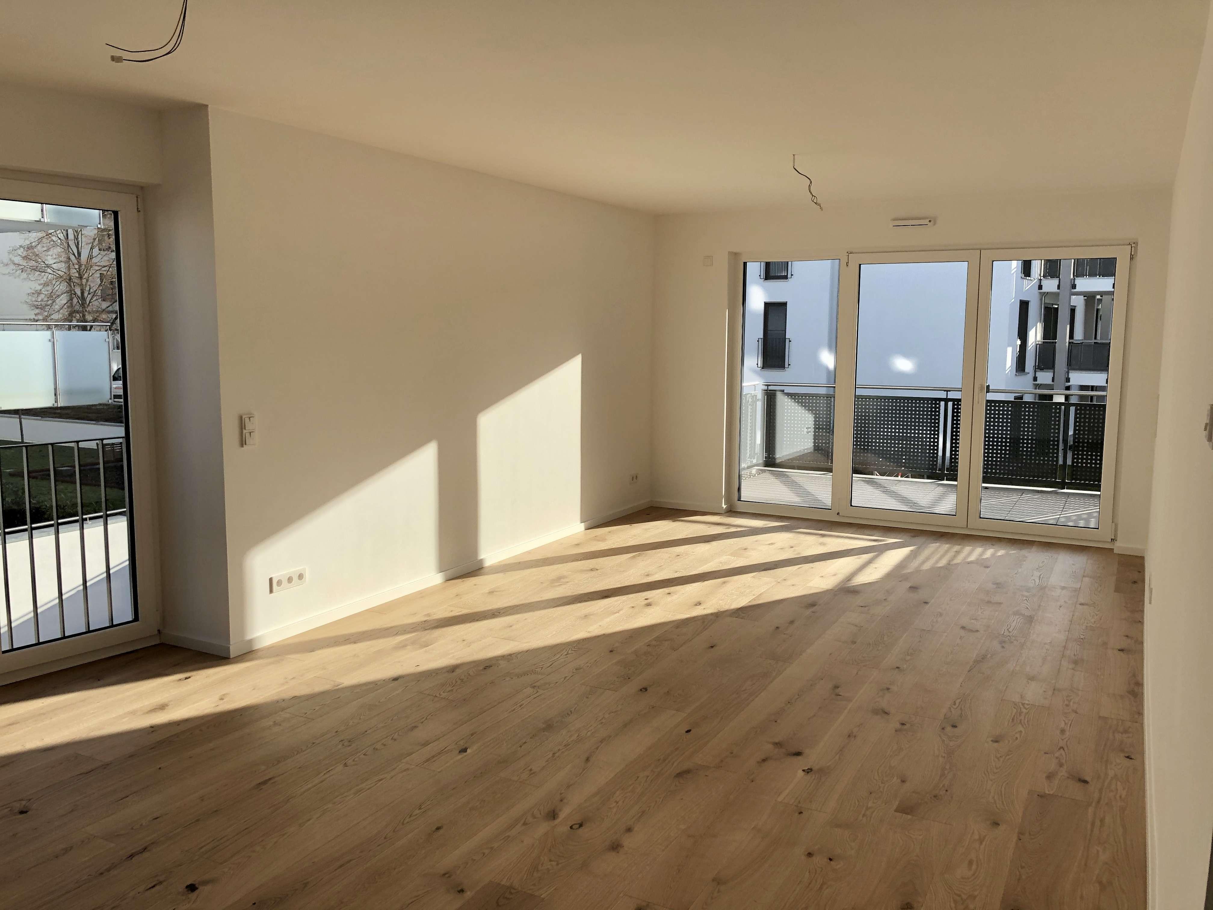 Erstbezug - Moderne 4 Zimmer-Wohnung mit 2 Balkonen in Damm! in