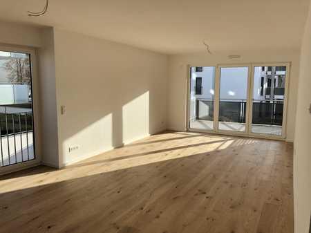 Erstbezug - Moderne 4 Zimmer-Wohnung mit 2 Balkonen in Damm! in Damm (Aschaffenburg)