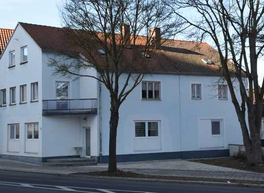 Sanierungsbedürftiges Mehrfamilienhaus in  interessanter Lage!
