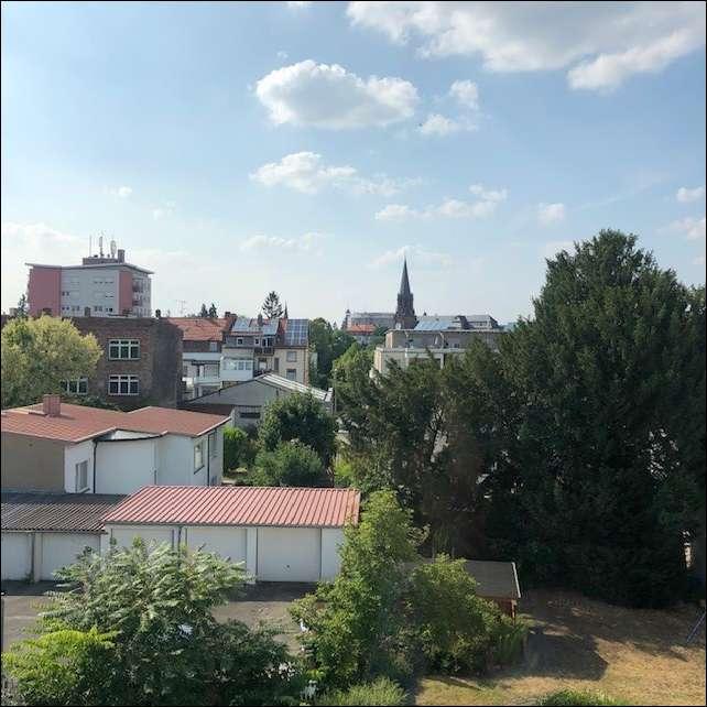 3 ZIMMER + BALKON ZUR MIETE im 3.OG in unmittelbarer Innenstadt-Lage von Aschaffenburg in Stadtmitte (Aschaffenburg)