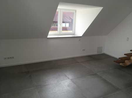 Erstbezug: exklusive 2-Zimmer-DG-Wohnung mit Balkon in Günzenhausen in Eching (Freising)