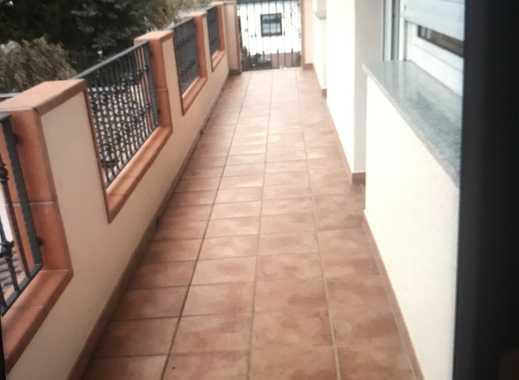 590 €, 80 m², 2 Zimmer