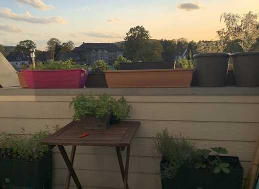 moderne 2 Zimmer Dachgeschosswohnung mit Loggia in Bottrop - Boy