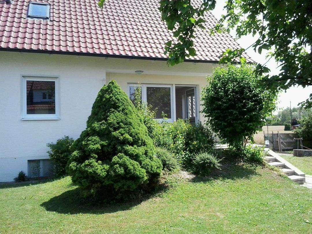 Erstbezug nach Renovierung: helle 3-Zimmer-EG-Wohnung (u.a. ideal für Augsburg-Pendler) in Donauwörth
