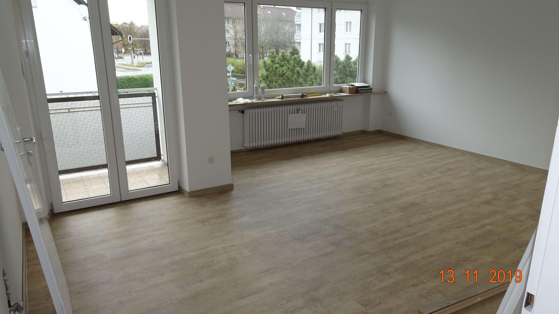 Provisionsfreie - vollständig renovierte 3-Zimmer-Wohnung mit Balkon in München in Berg am Laim (München)