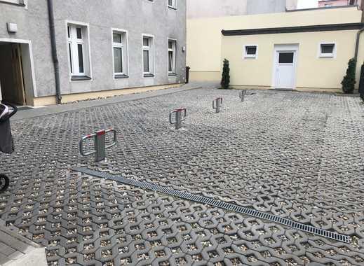 Parkplatz in Fürstenwalde zu vermieten - abgeschlossen, zentral, sauber und sicher