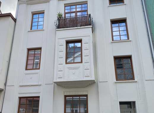 Modernisierte 1 Zimmer Wohnung mit Garten - Altbau - Innenstadt