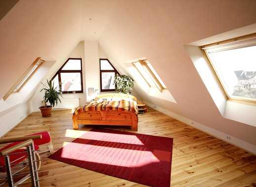 Helle, grosse und lichtdurchflutete Studio-,Maisonette-Wohnung in Reutlingen / Betzingen