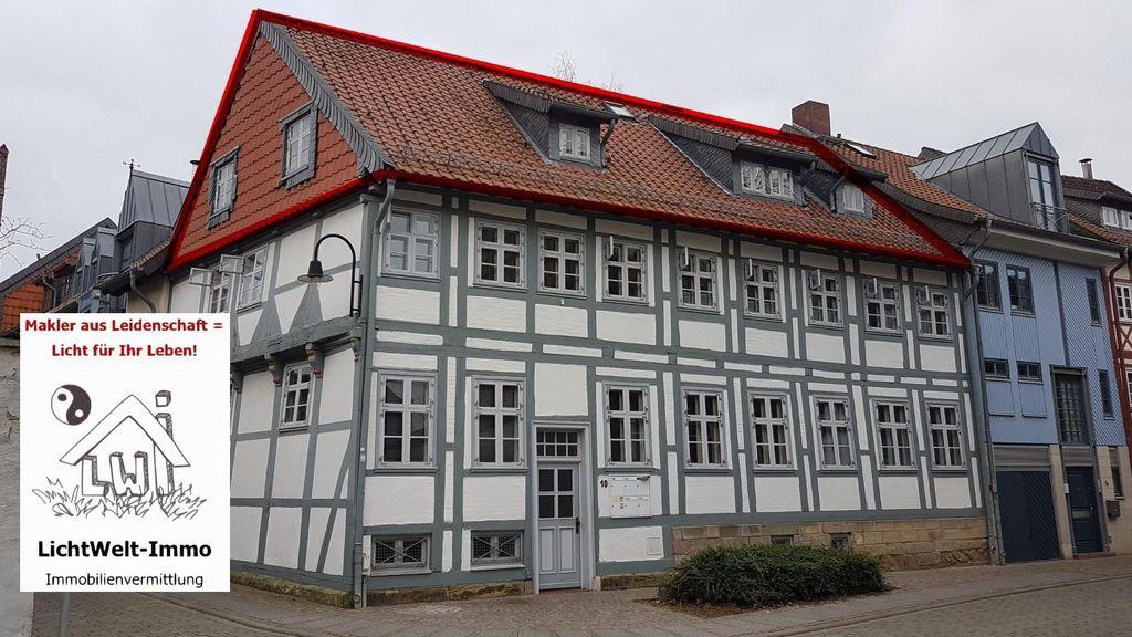 Wohnung Mieten In Wolfenbüttel : gem tliche dachgeschoss wohnung in der altstadt von wolfenb ttel 3 zimmer einbauk che und 2 b der ~ Watch28wear.com Haus und Dekorationen
