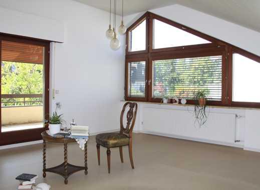 Schöne, geräumige zwei Zimmer Wohnung in Stuttgart, Rohr