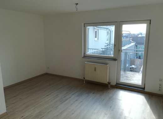 Renovierte 1-Zimmer-Wohnung mit Balkon und Einbauküche in Mannheim